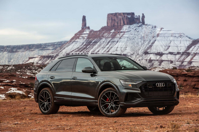 2019 Audi Q8 Vs Mercedes Benz Gle Class Audi Q7 Bmw X5 Land Rover