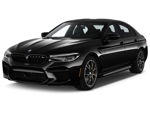 2019 BMW M5 Competition Sedan Angular Front Exterior View