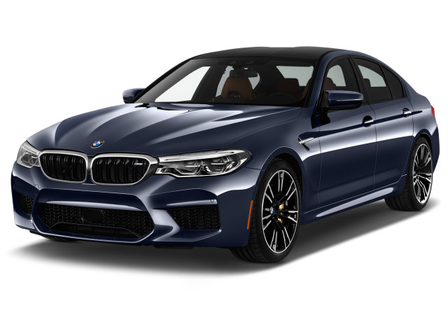 2019 BMW M5 Sedan Angular Front Exterior View