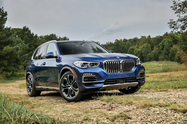 2019 bmw x5 first drive review the generalist. Black Bedroom Furniture Sets. Home Design Ideas