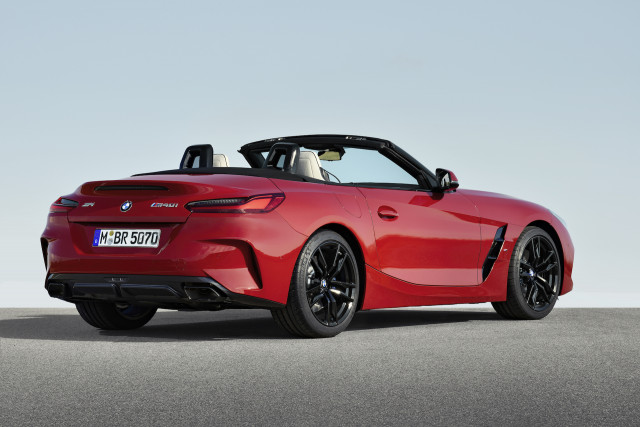 New 2019 Bmw Z4 Roadster Breaks Cover With M40i First Edition