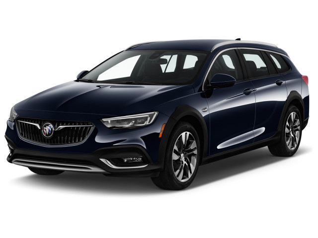 2019 Buick Regal TourX 5dr Wagon Essence AWD Angular Front Exterior View