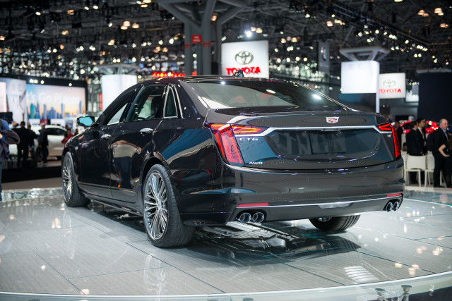 Cadillac CT6 to bow out after 2019, going out with twin ...