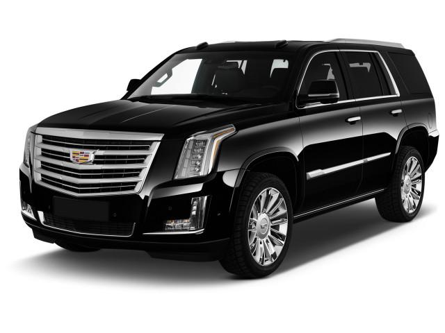 2019 Cadillac Escalade 4WD 4-door Platinum Angular Front Exterior View