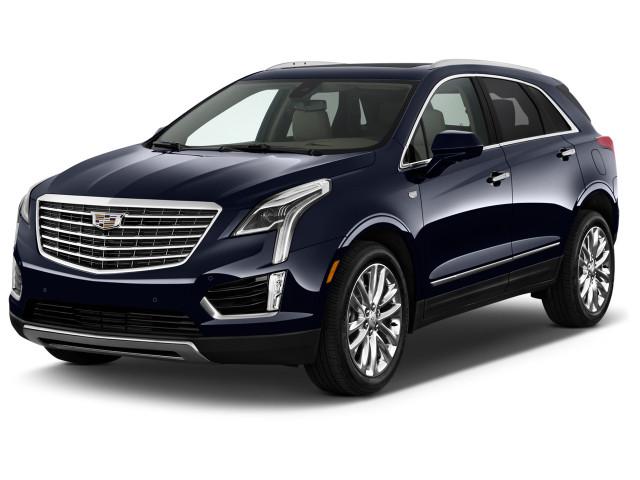 2019 Cadillac XT5 AWD 4-door Platinum Angular Front Exterior View