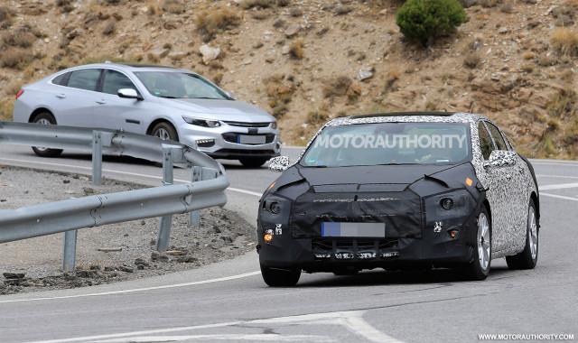 2019 Chevrolet Malibu facelift spy shots - Image via S. Baldauf/SB-Medien