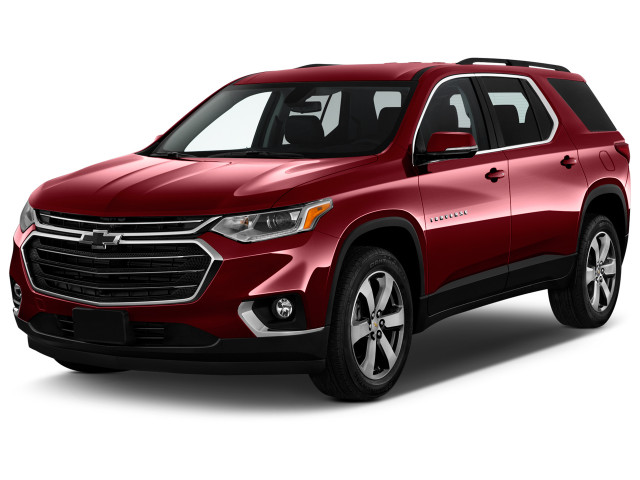 2019 Chevrolet Traverse FWD 4-door LT Leather w/3LT Angular Front Exterior View