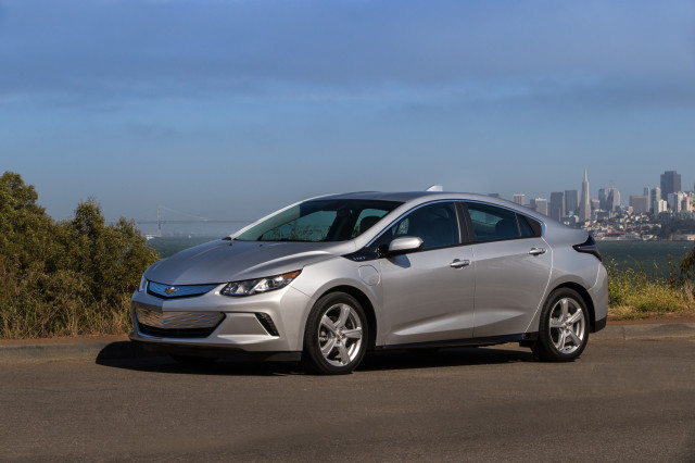 Chevrolet Volt Gets Quicker Charging For 2019