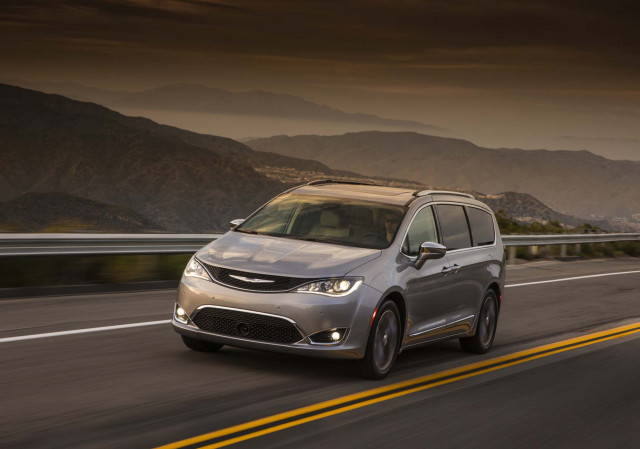Nearly 200K Chrysler Pacifica minivans recalled over power steering loss risk