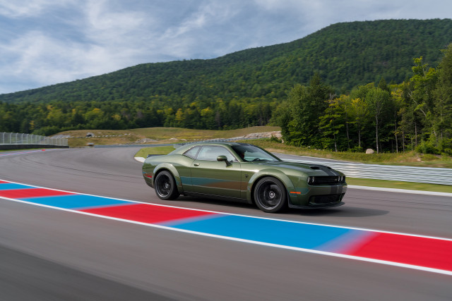 Dodge dollars on muscle cars, 2020 Toyota 4Runner TRD Pro's high price, 2020 Kia Optima Hybrid's efficiency: What's New @ The Car Connection