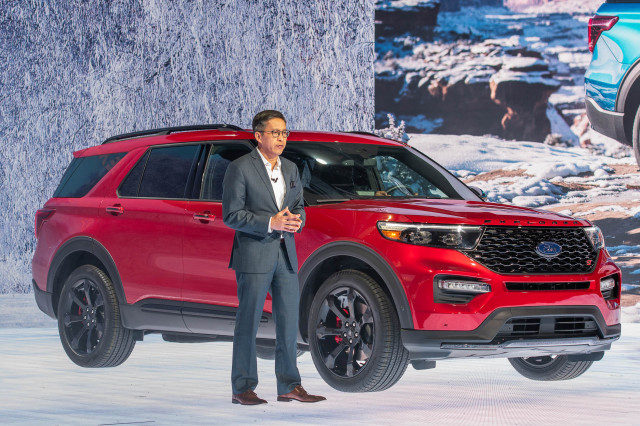 Crossover SUV of all trades: 2020 Ford Explorer hybrid, performance-oriented ST revealed