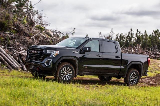 2019 Chevrolet Silverado 1500 and GMC Sierra 1500: Best Car To Buy 2019 nominees