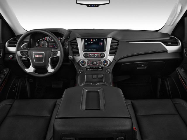 2019 GMC Yukon XL 2WD 4-door SLT Dashboard