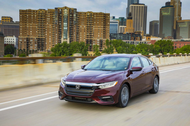 2020 Toyota Corolla Hybrid vs. 2019 Honda Insight: Compare Cars