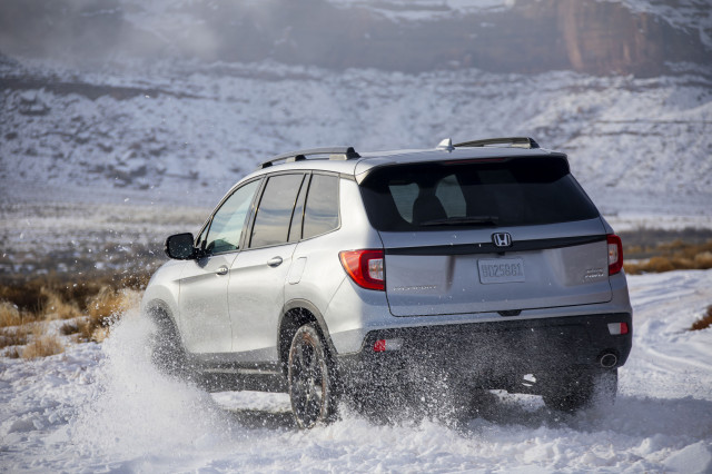 2019 Honda Passport driven, Uncrashable Mercedes-Benz, Electric cars in US: What's New @ The Car Connection