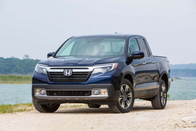 2019 Honda Ridgeline Vs Chevrolet Colorado Ford Ranger Gmc Canyon