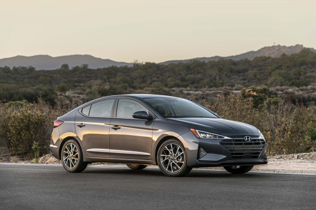 2020 Hyundai Elantra adds safety tech, to cost $19,870