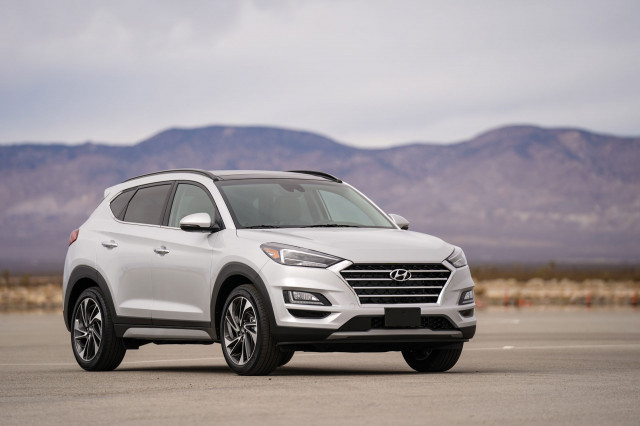 2019 Hyundai Tucson headlights tweaked, earns Top Safety Pick+ award