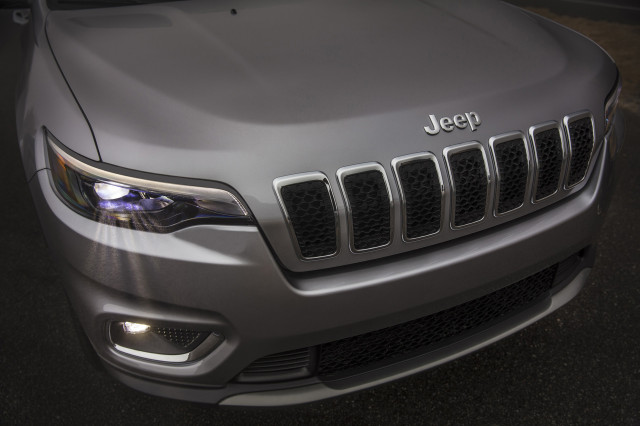 Jeep considers sub-Renegade SUV for sale in Oz