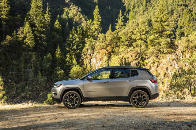 2019 Jeep Compass Vs 2019 Subaru Forester The Car Connection