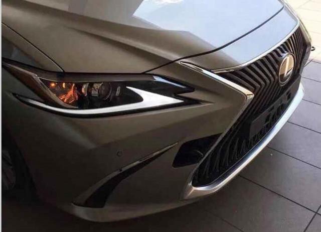 2019 Lexus ES leaked - Image via Almuraba