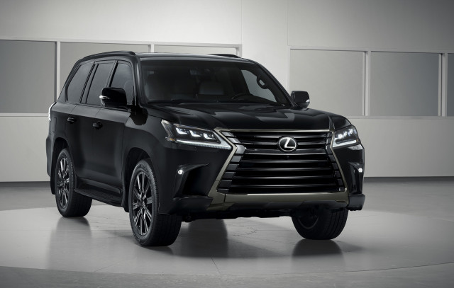 2019 Lexus LX Inspiration bundles black-out looks, exclusive luxury touches