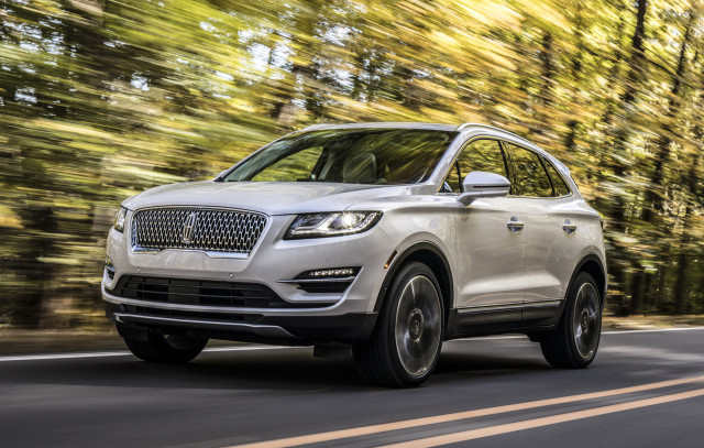 2019 Lincoln Mkc Review Ratings Specs Prices And Photos The