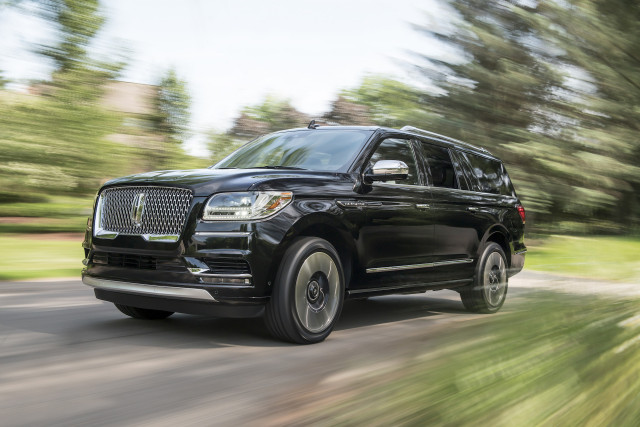 2019 Lincoln Navigator Review, Ratings, Specs, Prices, and ...