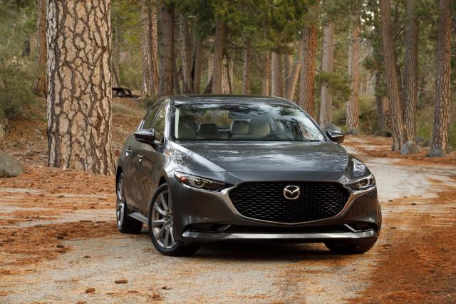 2019 Mazda 3 earns top marks from IIHS