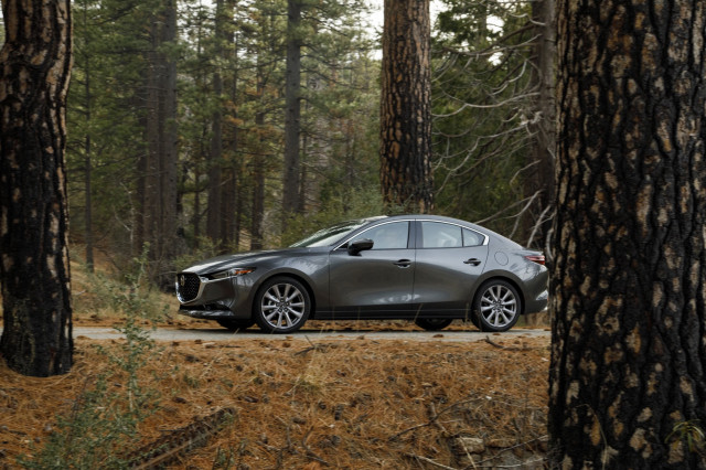 2019 Mazda 3 recalled over faulty airbag warning lights