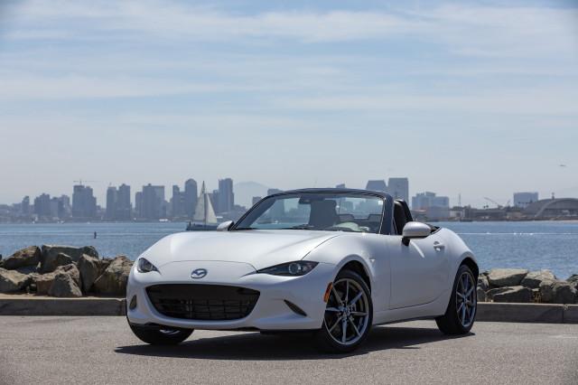 2019 Mazda Mx 5 Miata First Drive Review The Sports Car Mazda Intended