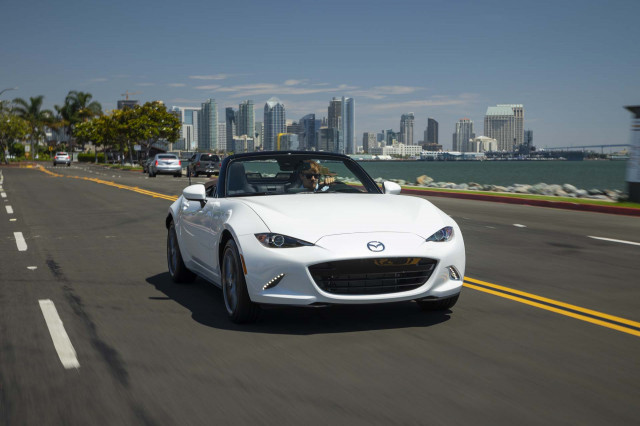 Mazda MX-5 Miata, Fiat 124 Spider recalled over surprise transmission downshifts