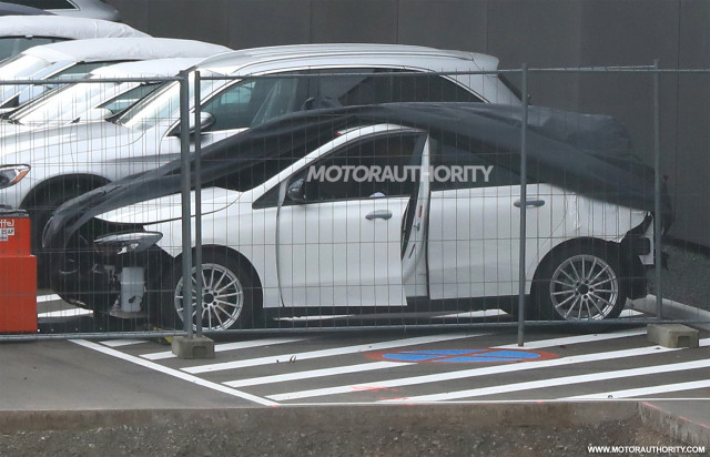 2019 Mercedes-Benz B-Class spy shots - Image via S. Baldauf/SB-Medien