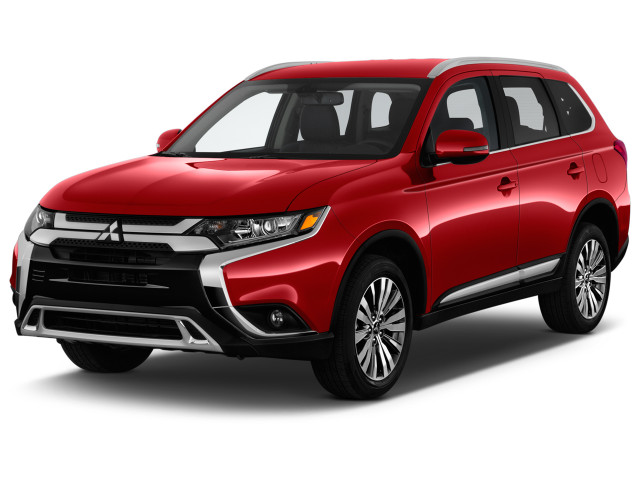 2019 Mitsubishi Outlander SEL FWD Angular Front Exterior View