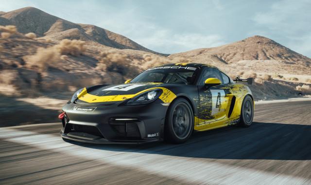 2019 Porsche 718 Cayman GT4 Clubsport race car