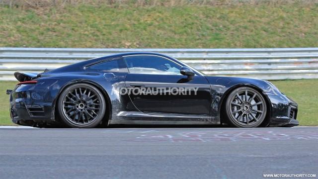 2019 Porsche 911 spy shots - Image via S. Baldauf/SB-Medien