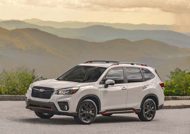 Jeep Cherokee vs. Subaru Forester, California carpool sticker expirations: What's New @ The Car Connection