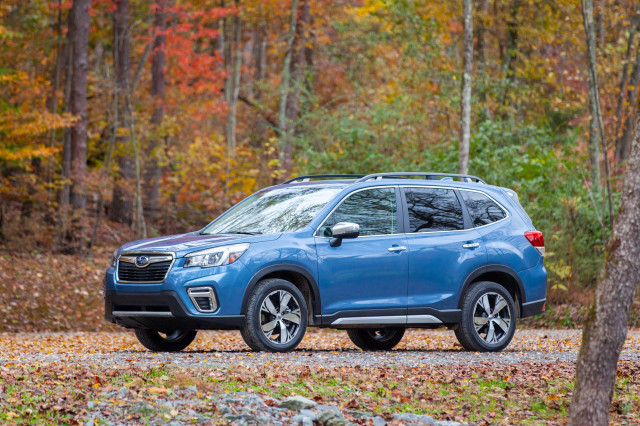 2019 Subaru Forester vs. 2019 Subaru Ascent: Compare Cars