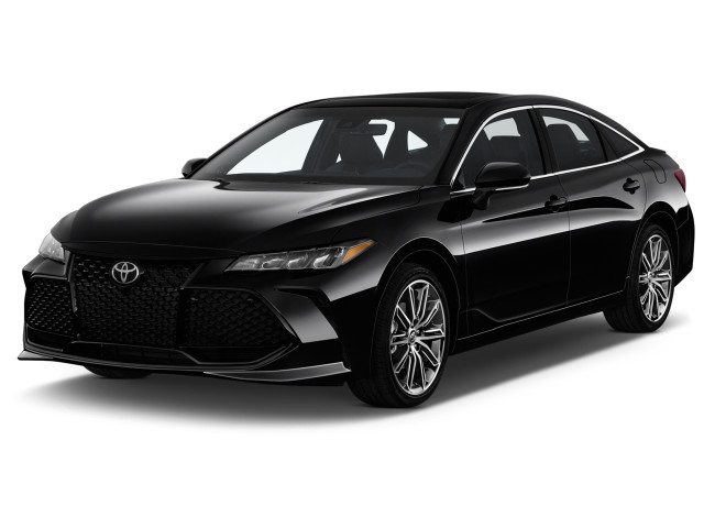 2019 Toyota Avalon XSE (Natl) Angular Front Exterior View