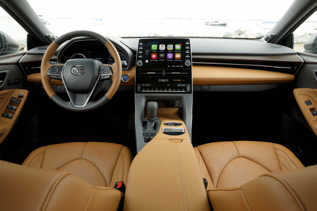 2019 Toyota Avalon Hybrid First Drive Review Understated Efficiency