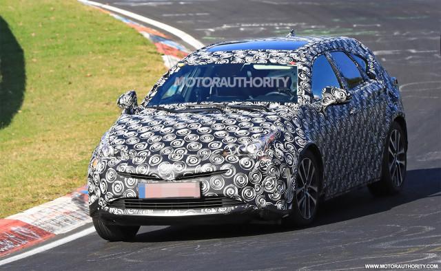 2019 Toyota Prius V spy shots - Image via S. Baldauf/SB-Medien