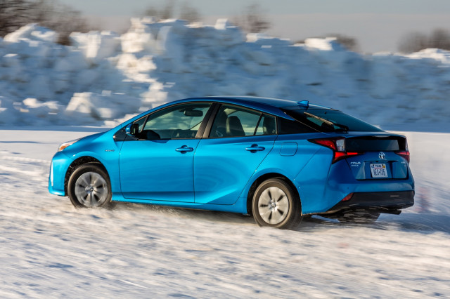 2019 toyota prius awd e first drive of 50 mpg all weather hybrid gallery 1 green car reports. Black Bedroom Furniture Sets. Home Design Ideas