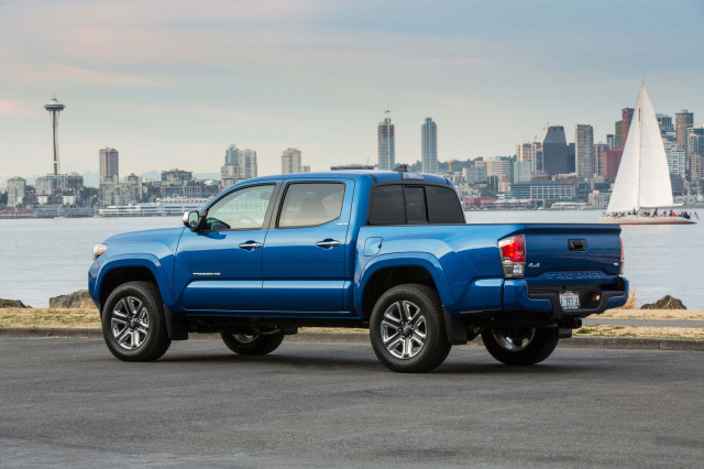 2020 Toyota Tacoma crew cab earns Top Safety Pick award