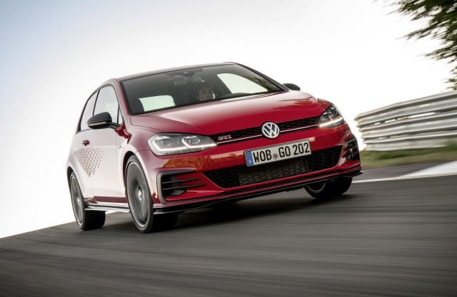 VW drops more details, fresh photos of 213 kW Golf GTI TCR