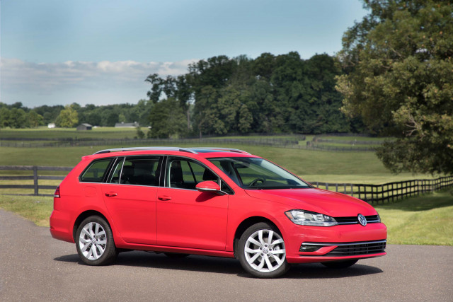 2019 Volkswagen Golf Vw Review Ratings Specs Prices And Photos