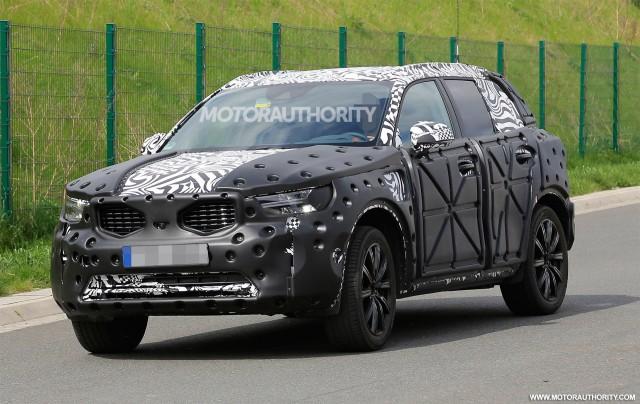 2019 Volvo XC40 spy shots - Image via S. Baldauf/SB-Medien