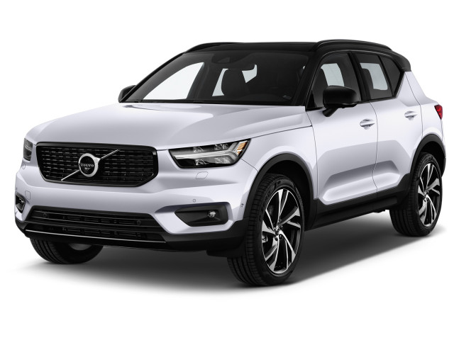 2019 Volvo XC40 T5 AWD R-Design Angular Front Exterior View