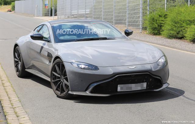 2020 Aston Martin Vantage test mule spy shots - Image via S. Baldauf/SB-Medien