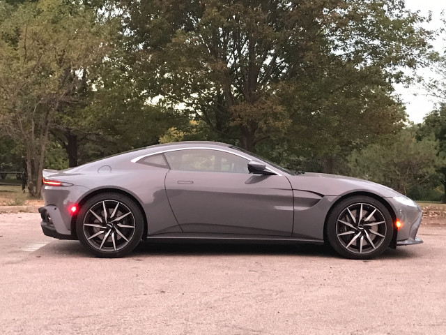 Review Update 2020 Aston Martin Vantage Appeals As Dashing And Different