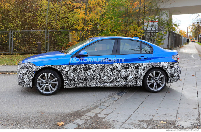 2016 - [BMW] Série 1 Sedan [F52] - Page 9 2020-bmw-1-series-facelift-spy-shots--image-via-s-baldauf-sb-medien_100678070_m